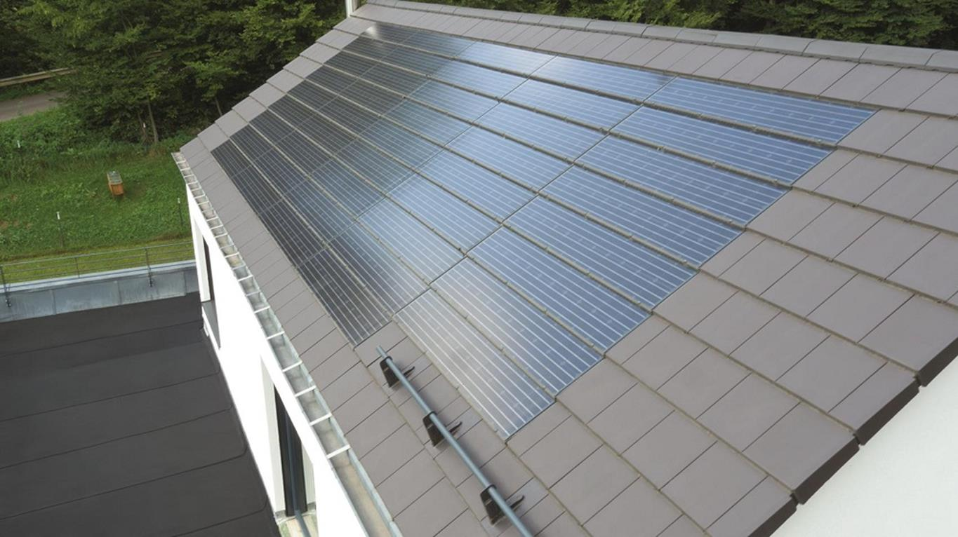Pitched Roofs Pitched Roof Solar Pv Systems Bmi Group